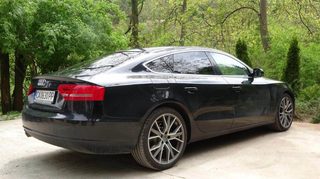 Audi a5 - отзад и отстрани - GT Rent a Car